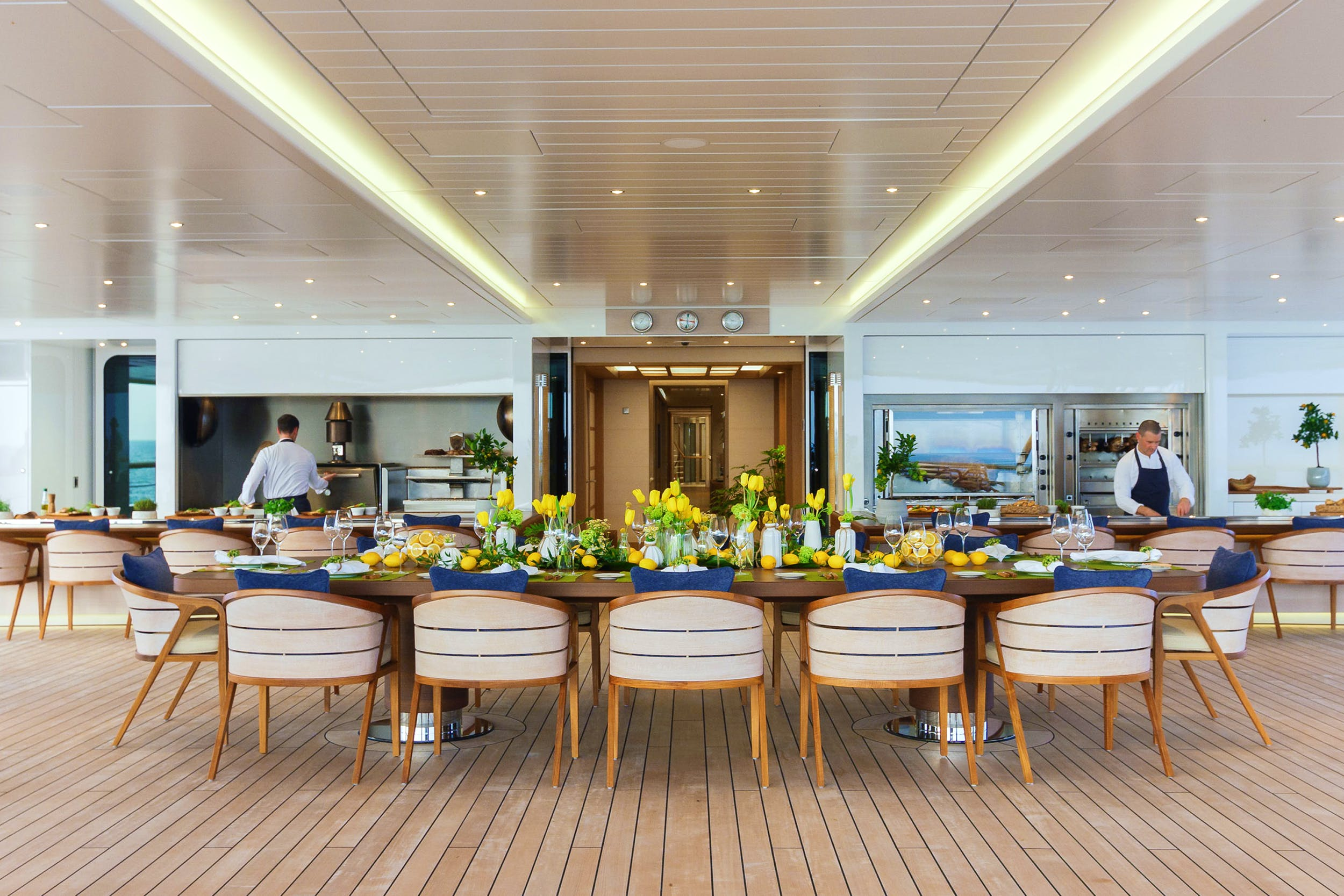A GASTRONOMIC CHARTER ON BOARD FLYING FOX