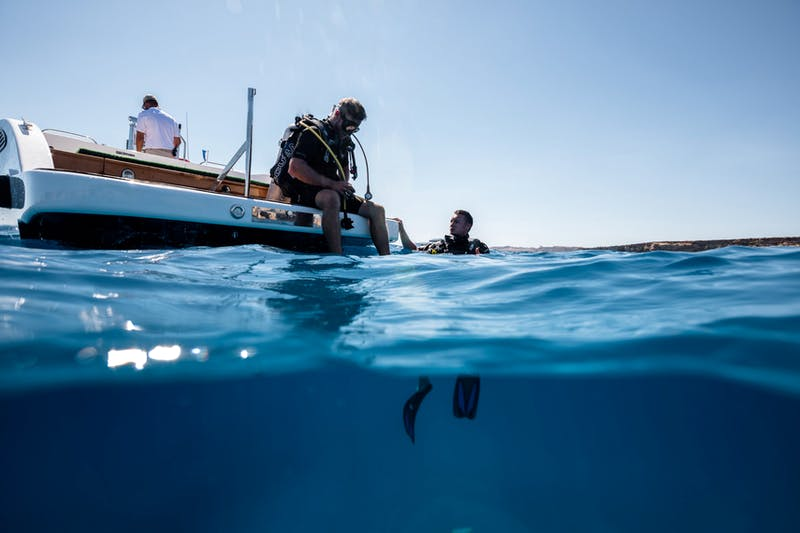 Discover the underwater world onboard LANA