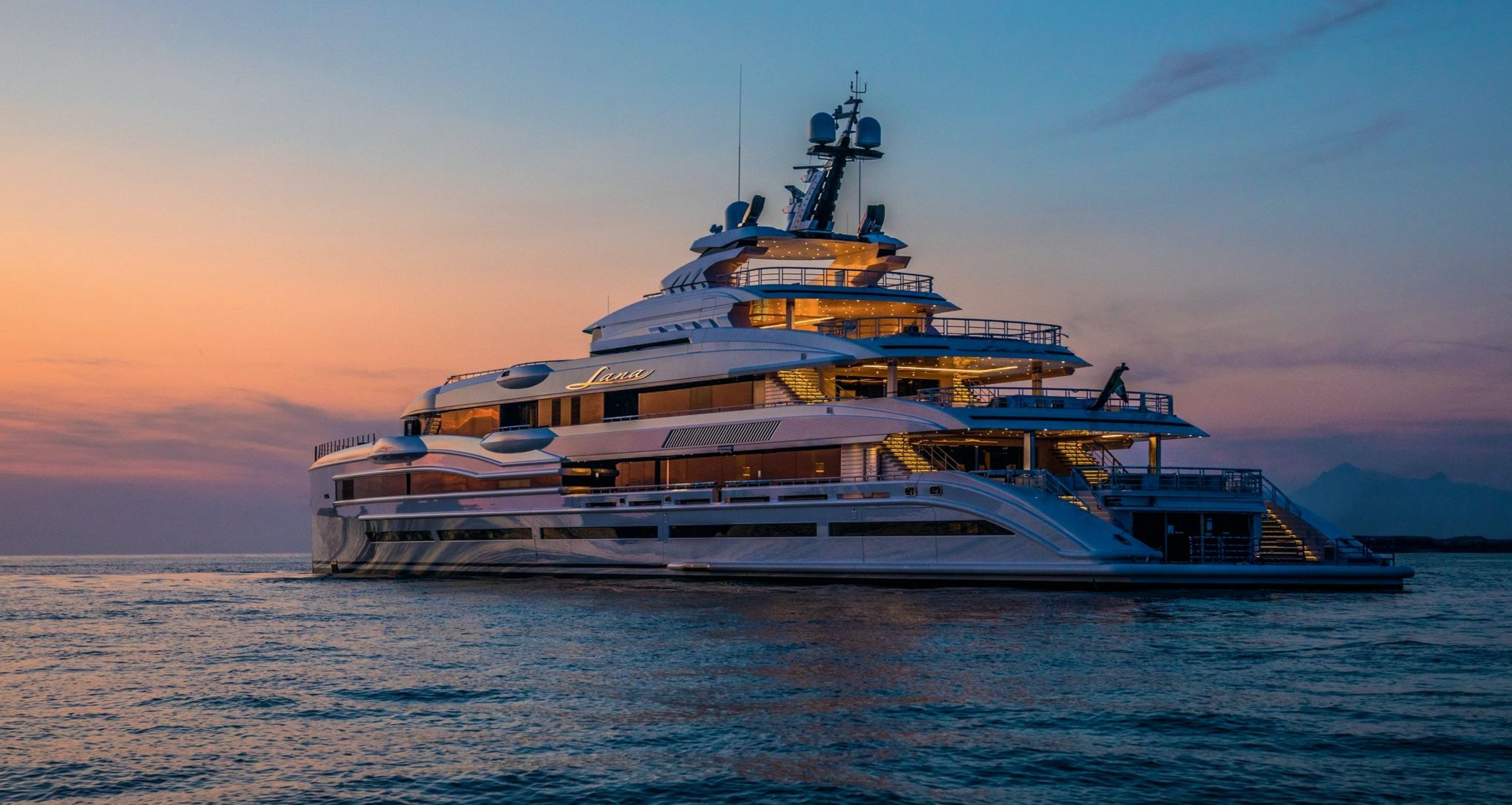 LANA (BENETTI 107M) OFFICIALLY DELIVERED